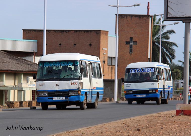 """Résultat de recherche d'images pour """"bus Burundi"""""""
